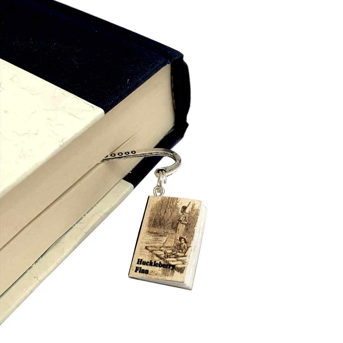 bookish-things