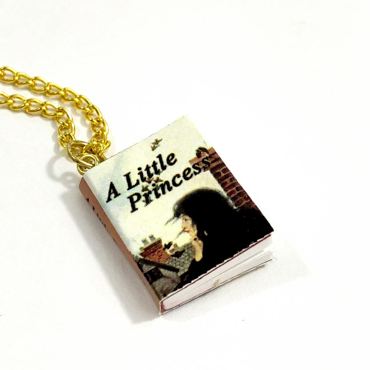 gifts-for-girls-who-love-books