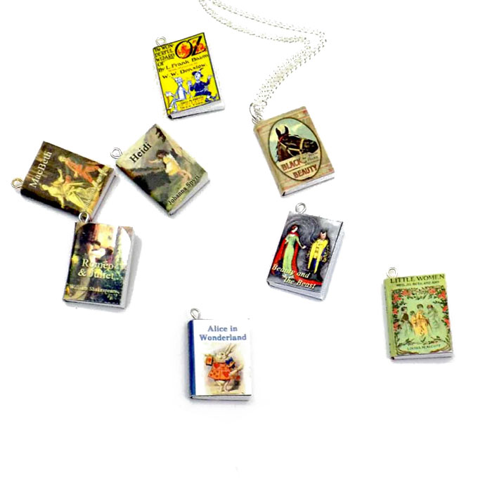 book-nerd-necklace