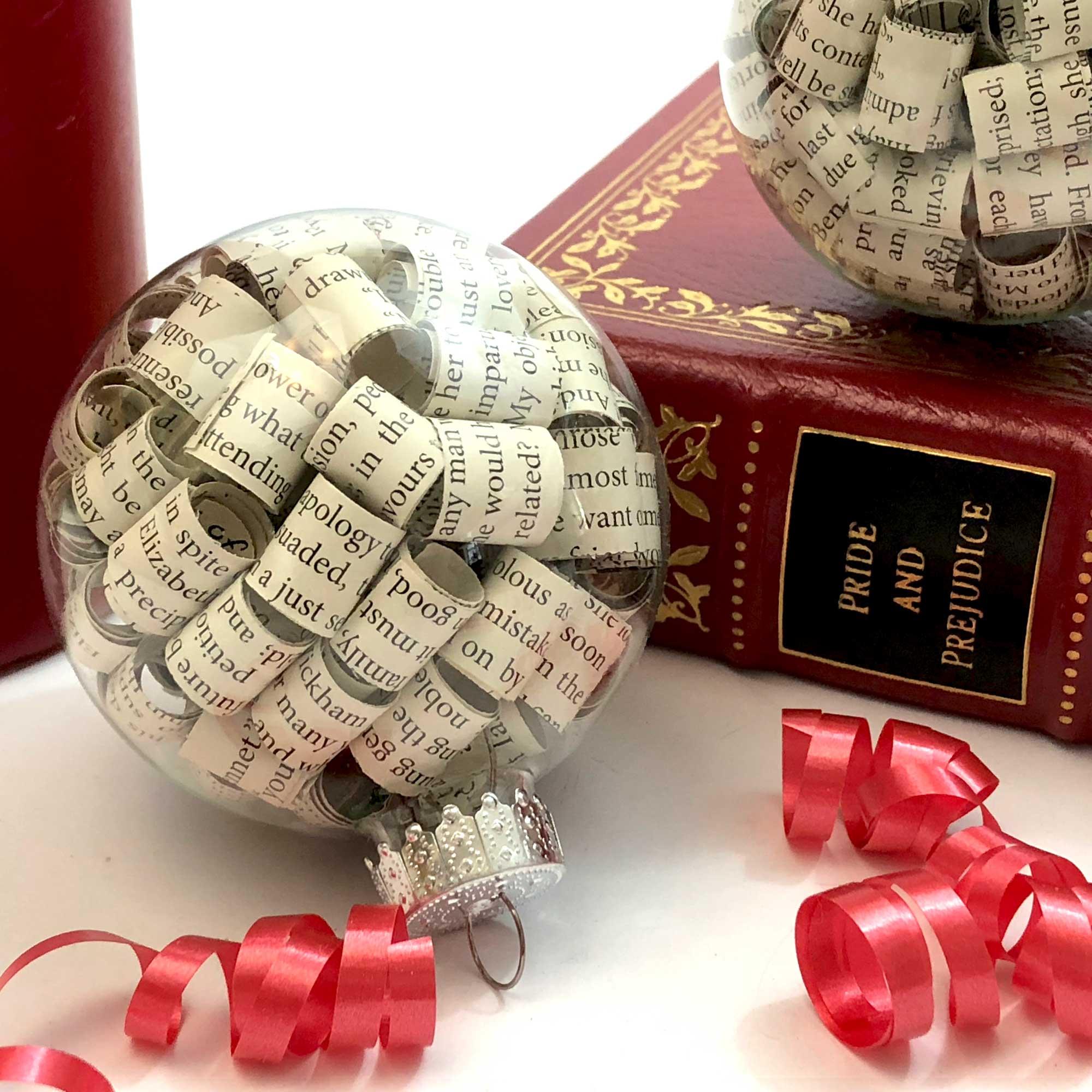 jane-austen-christmas-decorations